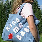 """Сумки и аксессуары ручной работы. Ярмарка Мастеров - ручная работа Сумка джинсовая летняя """"kiss me baby"""". Handmade."""