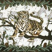 Панно из уральских самоцветов Уссурийский тигр