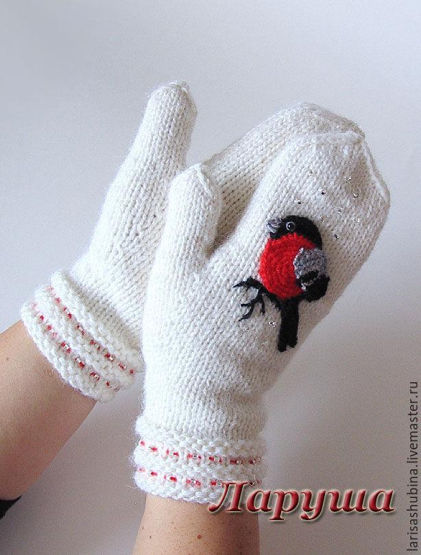 рукавички спицами со снежинками фото