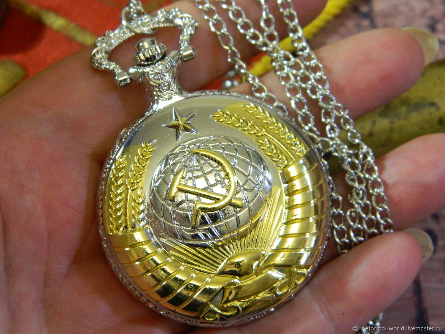 SOVIET-STYLE 'UNION UNBREAKABLE' POCKET WATCH, Watch medallion, Saratov,  Фото №1