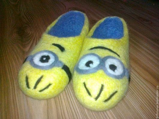 Обувь ручной работы. Ярмарка Мастеров - ручная работа. Купить Миньоны. Handmade. Лимонный, войлок тапочки, для мальчиков, 100% шерсть