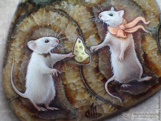 """Кулоны, подвески ручной работы. Ярмарка Мастеров - ручная работа. Купить Кулон """"Сыр для любимой"""". Handmade. Оливковый, миниатюра, мышки"""