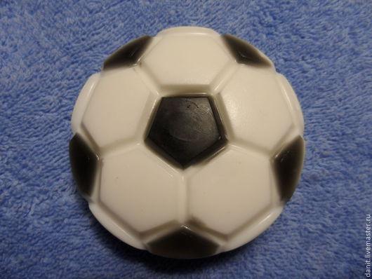 """Мыло ручной работы. Ярмарка Мастеров - ручная работа. Купить Мыло ручной работы """"Мяч"""". Handmade. Чёрно-белый"""