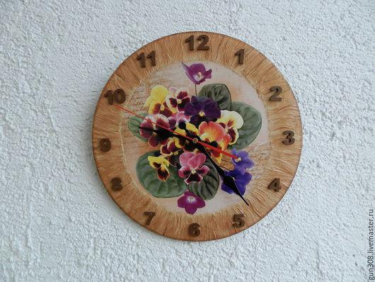 """Часы для дома ручной работы. Ярмарка Мастеров - ручная работа. Купить Часы настенные """" Фиалки Монмартра"""". Handmade. Бежевый"""
