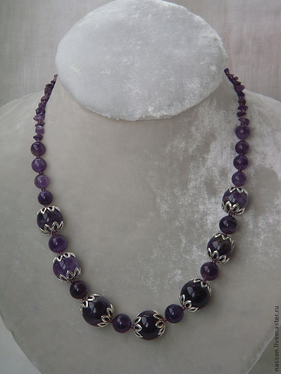 Аметистовое ожерелье – купить в интернет-магазине на Ярмарке ... 01733c4d4644b
