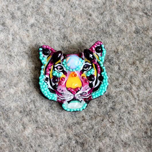 Броши ручной работы. Ярмарка Мастеров - ручная работа. Купить Радужный тигр мини брошь. Handmade. Комбинированный, звери