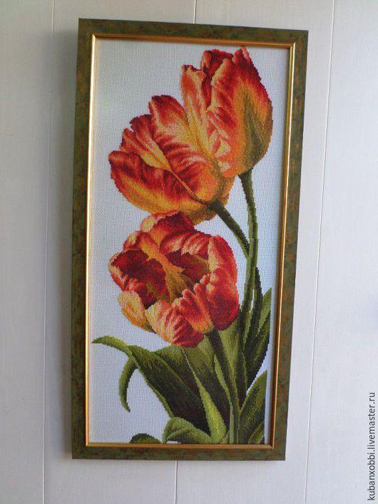 Картины цветов ручной работы. Ярмарка Мастеров - ручная работа. Купить Тюльпаны. Handmade. Подарок, цветы, канва, багетная рама