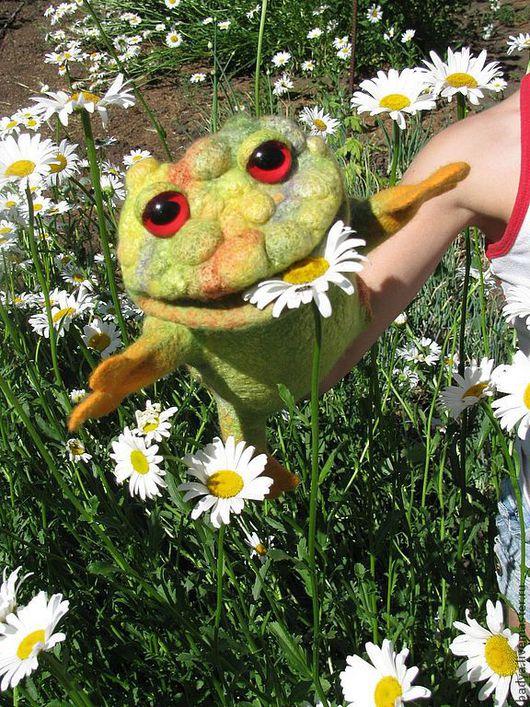 """Кукольный театр ручной работы. Ярмарка Мастеров - ручная работа. Купить Перчаточная кукла  """"Лягушка очаровательная"""". Handmade. Лягушка"""