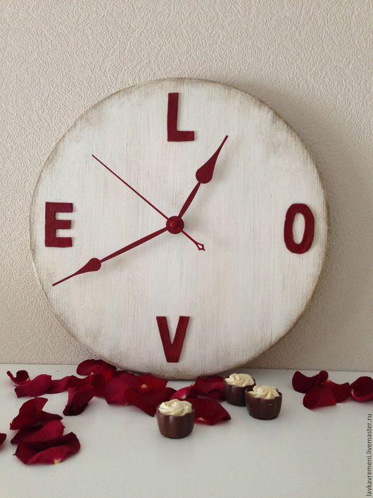 """Часы для дома ручной работы. Ярмарка Мастеров - ручная работа. Купить настенные часы """"Любовь"""". Handmade. Часы настенные, валентинка"""