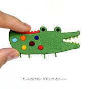 """Украшения ручной работы. Ярмарка Мастеров - ручная работа Брошь """"Крокодильчик"""". Брошка в подарок для девочки, девушки.. Handmade."""