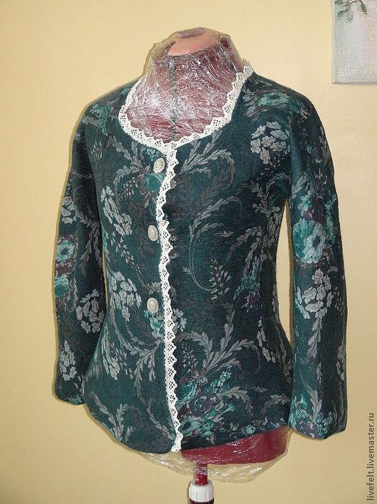 """Пиджаки, жакеты ручной работы. Ярмарка Мастеров - ручная работа. Купить Валяный пиджак """" Изумрудный """". Handmade. Бежевый"""