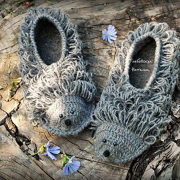 """Обувь ручной работы. Ярмарка Мастеров - ручная работа Тапочки """"Ежики"""".. Handmade."""