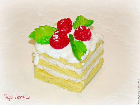 """Мыло ручной работы. Ярмарка Мастеров - ручная работа. Купить Мыло """"Слоеное пирожное с фруктами"""". Handmade. Мыло ручной работы"""