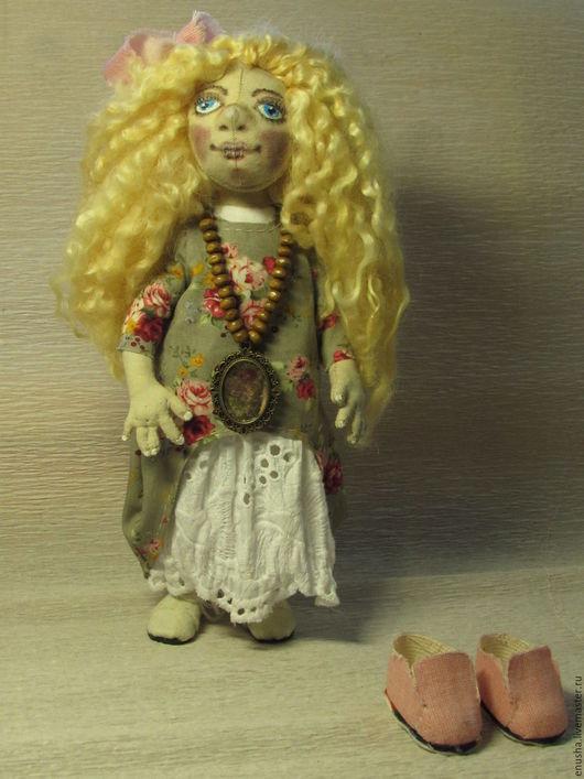Коллекционные куклы ручной работы. Ярмарка Мастеров - ручная работа. Купить Хельга. Текстильная кукла. Handmade. Оливковый, интерьерная кукла