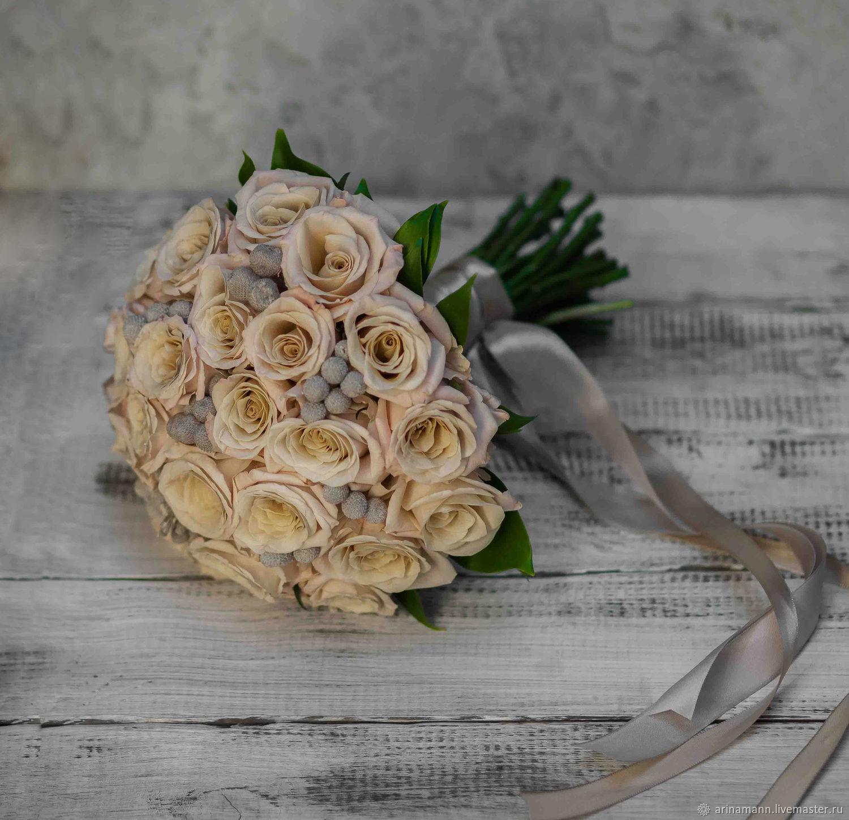 Пудровый свадебный букет из роз мента, брунии и эвкалипта, Свадебные букеты, Москва,  Фото №1