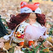 Куклы и пупсы ручной работы. Ярмарка Мастеров - ручная работа интерьерная текстильная кукла- лисичка с петушком. Handmade.