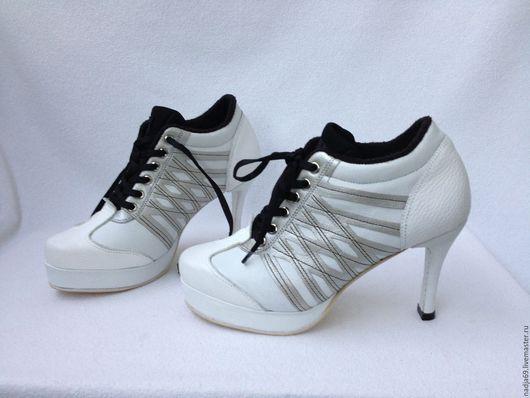 Обувь ручной работы. Ярмарка Мастеров - ручная работа. Купить кроссовки  на шпильке. Handmade. Чёрно-белый, sneakers leather