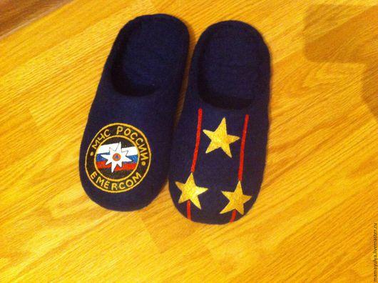 """Обувь ручной работы. Ярмарка Мастеров - ручная работа. Купить Тапочки """"МЧС"""". Handmade. Тёмно-синий, тапочки валяные"""