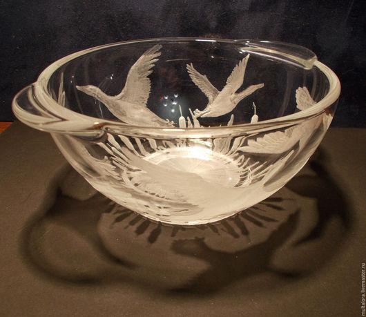 гравировка на стекле, гравировка по стеклу, утиная охота, охотничьи трофеи, глубокая гравировка, стеклянная сказка, инталия, чаша, охотникам