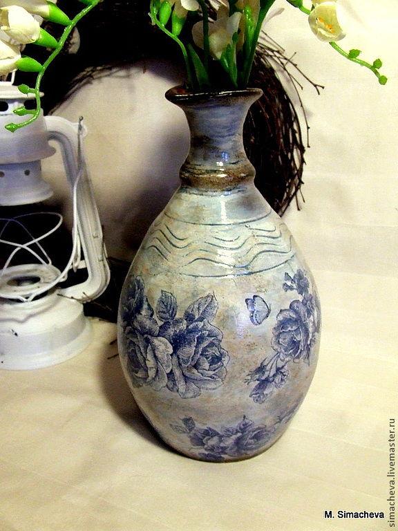 Глиняная вазочка Синие розы