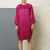 Одежда ручной работы. Ярмарка Мастеров - ручная работа Платье пальто фуксия летнее из атласа с широкими рукавами. Handmade.