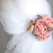 Свадебный салон ручной работы. Ярмарка Мастеров - ручная работа Заколка для волос с розовыми цветами и лентами. Handmade.