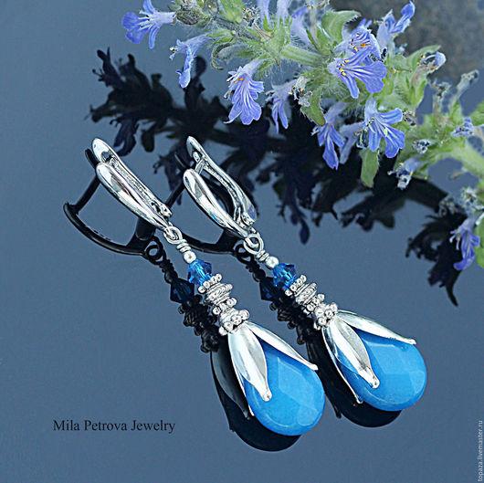 Яркие синие серьги с нефритом_Синие дали_летние серьги для отпуска и отдыха, подарок девушке, женщине, подруге, коллеге.