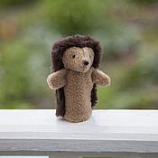 Куклы и игрушки ручной работы. Ярмарка Мастеров - ручная работа Пальчиковая игрушка. Ежик.. Handmade.