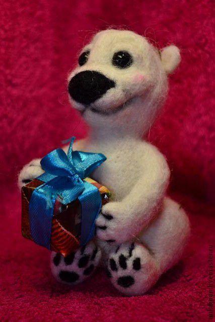 Игрушки животные, ручной работы. Ярмарка Мастеров - ручная работа. Купить Маленький УМКА. Handmade. Белый, медведь, игрушка из шерсти