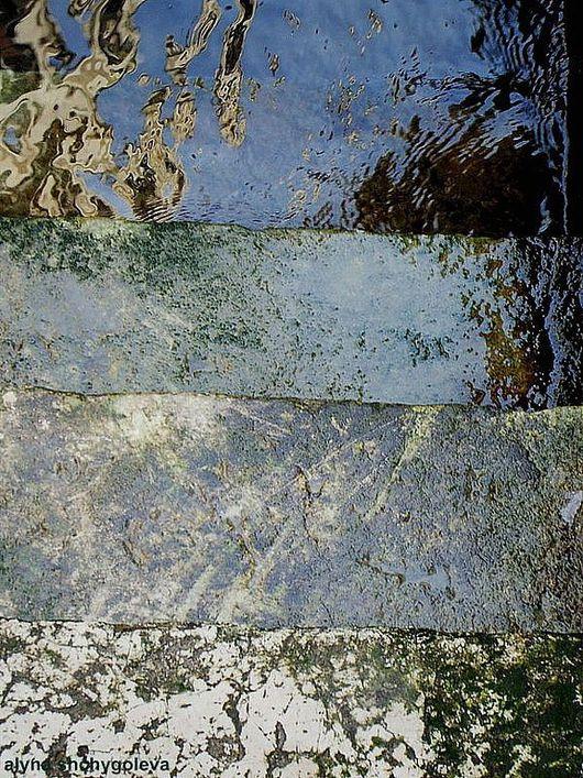 ступеньки, ведущие к воде (Венецианские каналы)