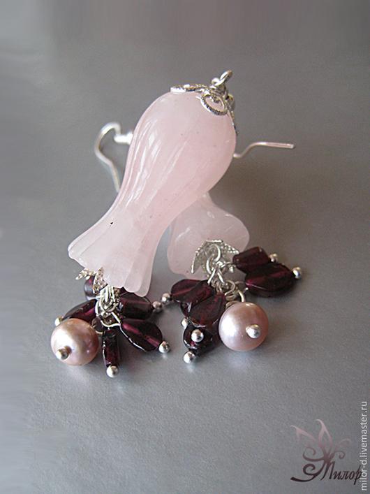 """Серьги ручной работы. Ярмарка Мастеров - ручная работа. Купить Серьги """"Дурман-цветок"""": резной кварц, гранат, жемчуг, серебро. Handmade."""