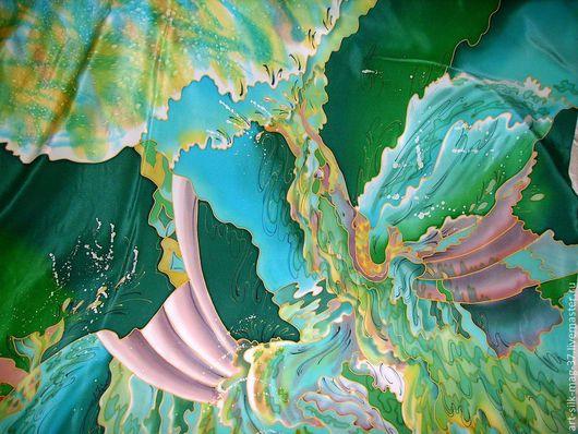 """Шали, палантины ручной работы. Ярмарка Мастеров - ручная работа. Купить платок- батик на натуральном шелке """" Изумрудный водопад"""". Handmade."""