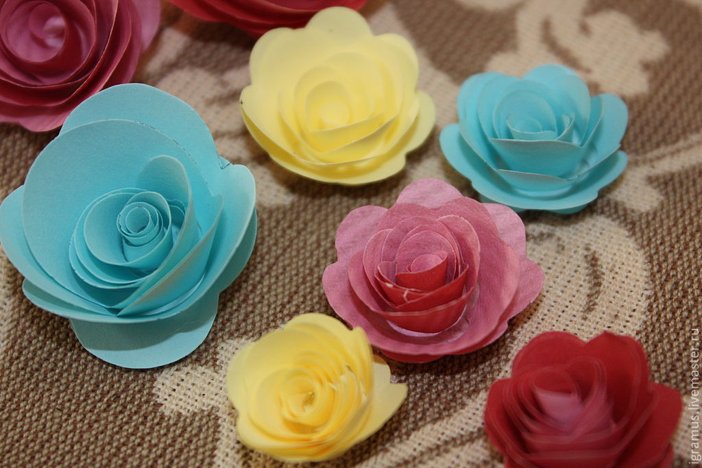 paper roses buy If you want effective source for online wholesale paper flowers, no doubtly, here is the right place to get reliable and cheap paper flowerswith ecommerce sales on paper flowers rising every year there's no better more customers to online shopping.