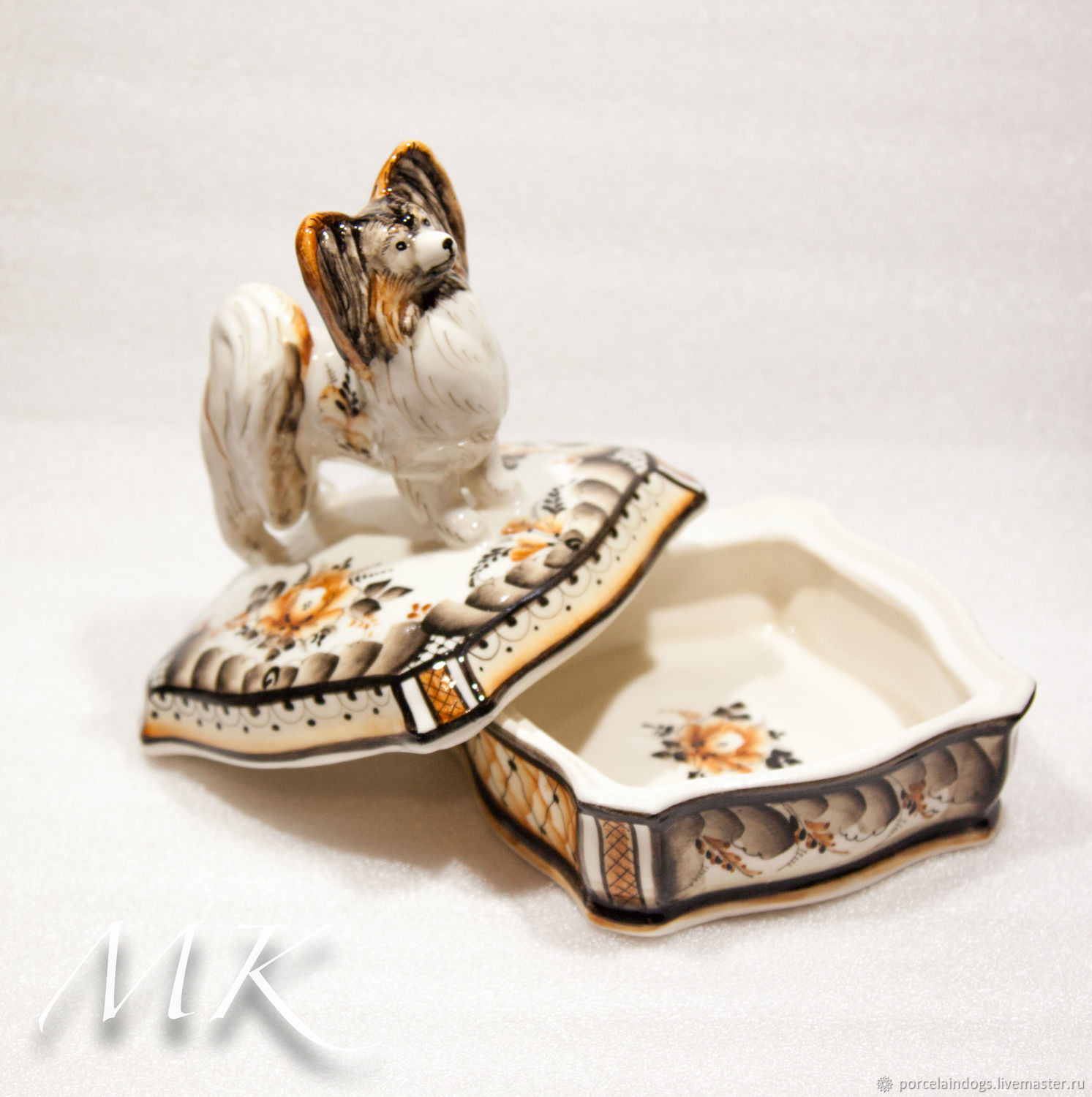 Papillon box Tricolor, Figurines, Moscow,  Фото №1