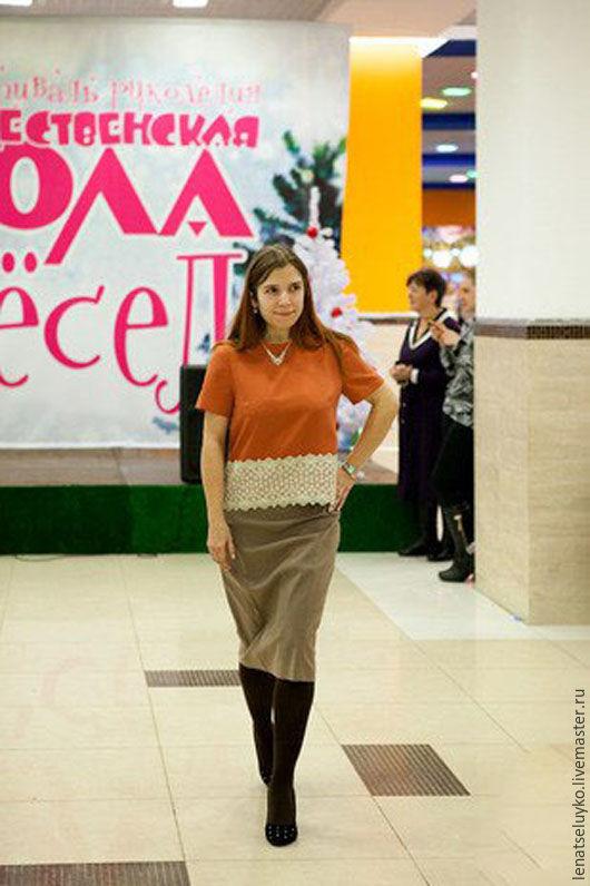 Блузки ручной работы. Ярмарка Мастеров - ручная работа. Купить Женственная блуза с кружевом. Handmade. Рыжий, однотонный, блуза