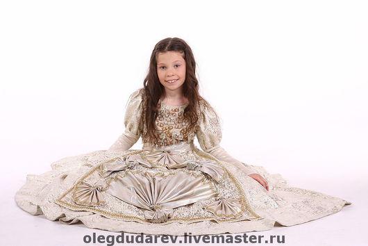 Платья ручной работы. Ярмарка Мастеров - ручная работа. Купить карнавальное платье. Handmade. Бальное платье, гипюр