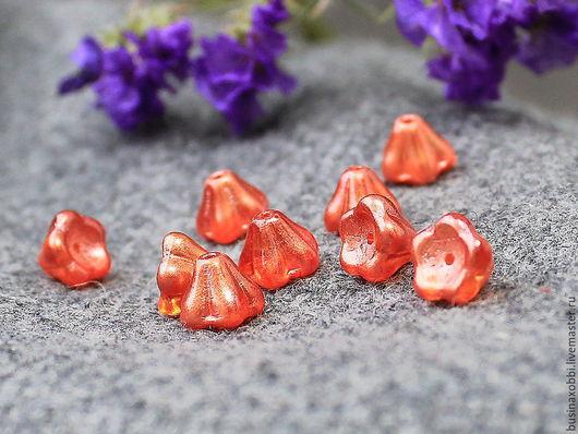 Чешские бусины цветочки стеклянные оранжевый перламутровый  6х8мм, по 5 шт Высота бусинки 6 мм, диаметр 8 мм Бусины цветочки имеют вертикальное отверстие около 1 мм