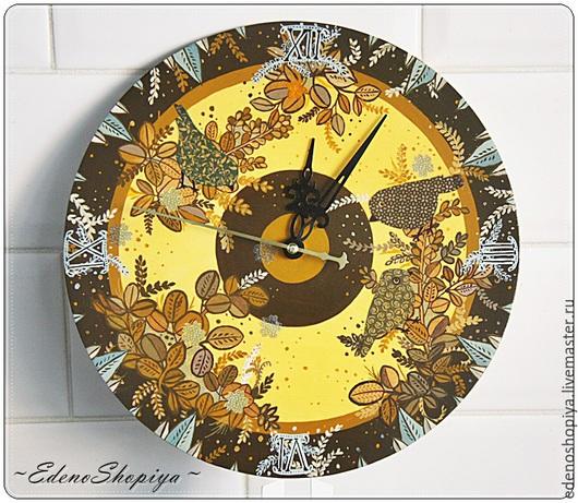"""Часы для дома ручной работы. Ярмарка Мастеров - ручная работа. Купить Часы настенные  """"Птички в кофейном саду"""". Handmade. Разноцветный"""