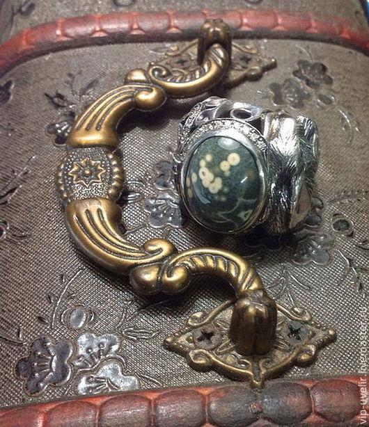 Кольца ручной работы. Ярмарка Мастеров - ручная работа. Купить Женский перстень из серебра 925, океаническая яшма, родирование. Handmade.