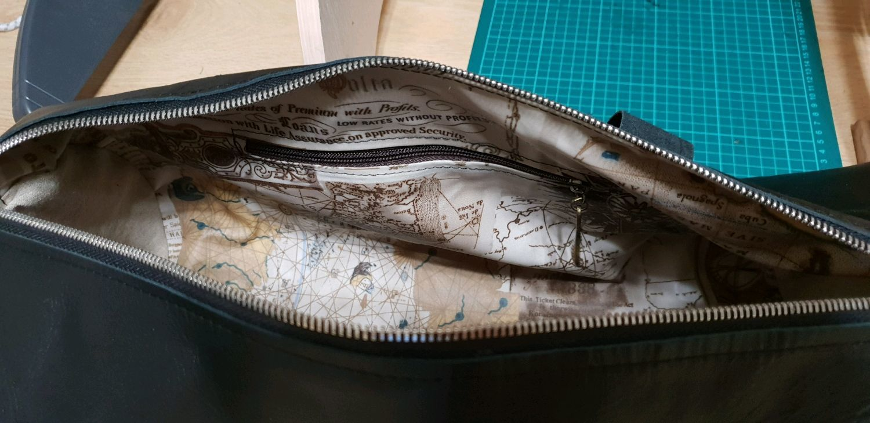ca98a3287ea3 Спортивные сумки ручной работы. Дорожная сумка из натуральной кожи подарок  для боксера. roshas_bagleather.