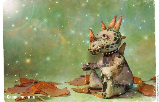Сказочные персонажи ручной работы. Ярмарка Мастеров - ручная работа. Купить Игрушка драконШа по имени Ёлочка. Handmade. Тёмно-зелёный