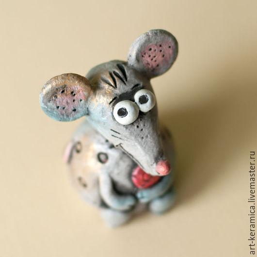 Миниатюрные модели ручной работы. Ярмарка Мастеров - ручная работа. Купить Мышь керамическая Маня. Фигурка мышки, мышь из глины. Handmade.
