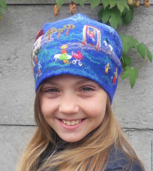 Шапки ручной работы. Ярмарка Мастеров - ручная работа. Купить Берет синий валяный для девочки или девушки с картинкой  Дворик. Handmade.