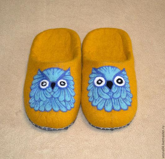 """Обувь ручной работы. Ярмарка Мастеров - ручная работа. Купить Валяные вручную тапочки """" Мудрый филин """". Handmade."""