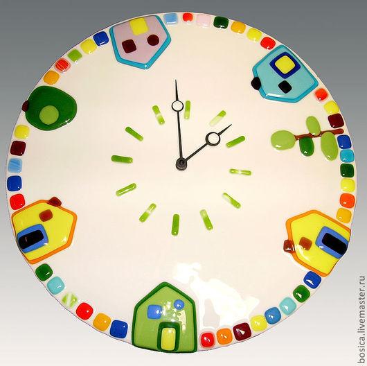 """Часы для дома ручной работы. Ярмарка Мастеров - ручная работа. Купить Часы """"Домики"""", фьюзинг. Handmade. Часы, фьюзинг часы"""