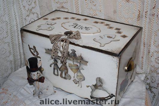 Детская ручной работы. Ярмарка Мастеров - ручная работа. Купить Ящик для игрушек. Handmade. Детская, зайка, имя, год лошади