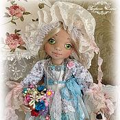 Куклы и игрушки ручной работы. Ярмарка Мастеров - ручная работа Варенька цветочница. Коллекционная текстильная кукла.. Handmade.