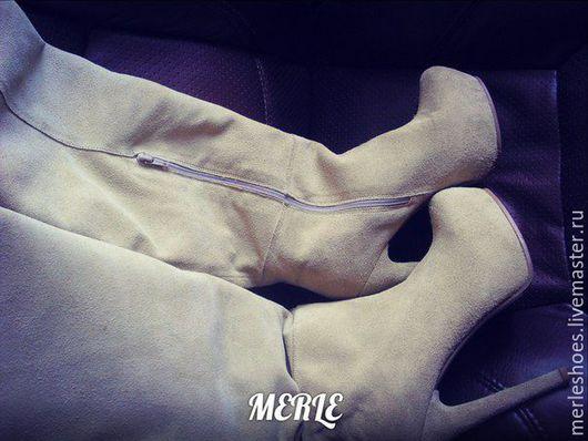 Обувь ручной работы. Ярмарка Мастеров - ручная работа. Купить Ботфорты бежевый замш 13 см. Handmade. Ярко-красный