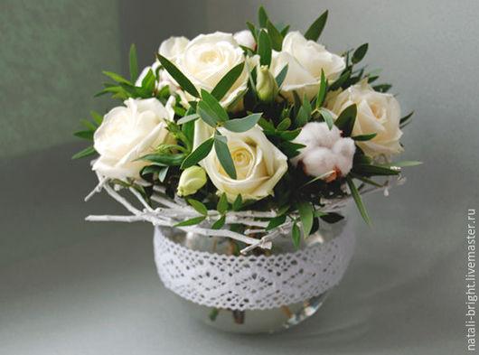 Букет цветов на стол гостей