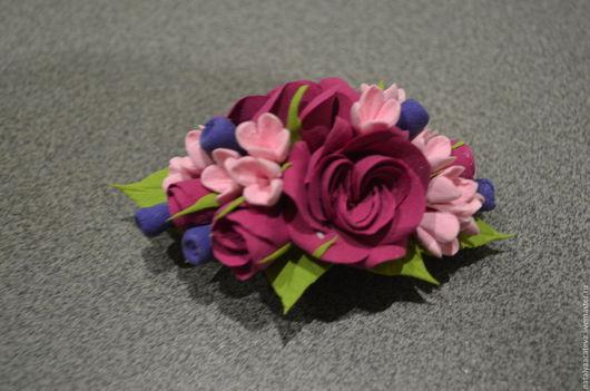 ЗАКОЛКА-АВТОМАТ с розами, с маленькими цветами и гортензии